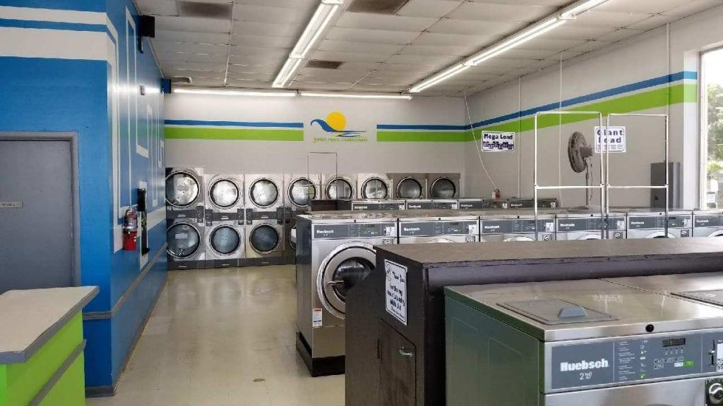 Inside of Sunset Pointe Laundromats